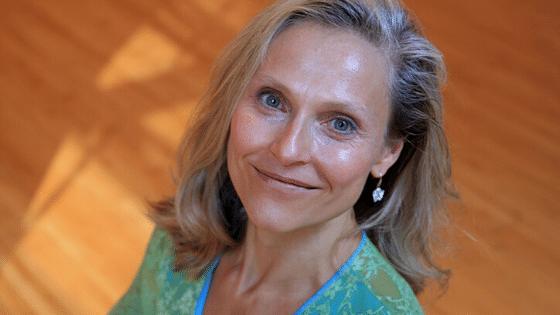 130 | Iyengar Yoga | Feat. Carrie Owerko